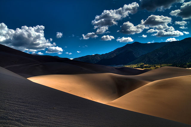 Lines_in_the_Sand_(7952730182)