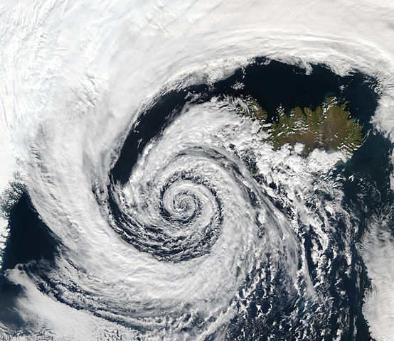 554px-Low_pressure_system_over_Iceland